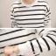 เสื้อผ้าเกาหลี พร้อมส่ง เสื้อลายขวาง+กางเกงขายาว 9 ส่วน thumbnail 6