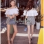 เสื้อผ้าเกาหลี สีขาวระบายกับกางเกงเอวสูง พร้อมส่ง thumbnail 4