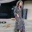 ชุดเดรสเกาหลี พร้อมส่ง Maxi Dress ทรงบาน คอวีป้ายอก thumbnail 14