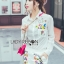 เสือผ้าเกาหลี พร้อมส่ง เสื้อเชิ้ตสีขาวและกางเกงปักลาย thumbnail 3