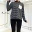 เสื้อเกาหลี พร้อมส่ง เสื้อไหมพรมลายริ้ว thumbnail 7
