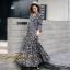 ชุดเดรสเกาหลี พร้อมส่ง Maxi Dress ทรงบาน คอวีป้ายอก thumbnail 17