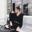 เสื้อผ้าเกาหลี พร้อมส่ง เสื้อทรงครอปสีดำ คอวี thumbnail 4