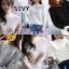 เสื้อเกาหลี พร้อมส่ง เสื้อไหมพรมคอปาดทรงผีเสื้อ thumbnail 12