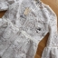 พร้อมส่ง เสื้อทรงระบายเพบลัมผ้าลูกไม้สีขาว thumbnail 7