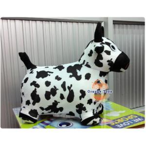 ตุ๊กตาเด้งดึ๋ง วัว แบบผ้า (คละสี คละลาย) สีขาวดำ