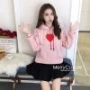 เสื้อเกาหลี พร้อมส่ง เสื้อ Sweater ปักหัวใจสีแดง
