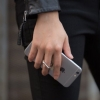 IRing ที่ตั้งมือถือ แท็ปเล็ต แบบวงแหวนสำหรับติดฝาหลัง สีเงินเมทัลลิค