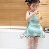 Huanzhu kids ชุดเดรสแฟชั่น  ลายริ้ว สีเขียว-ขาว ด้านหลังผูกโบว์ด้วยลูกไม้สีขาว น่ารัก สไตล์เกาหลี