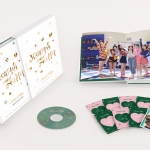 [Pre] TWICE : Photobook - Merry & Happy MONOGRAPH