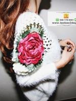 เสื้อผ้าแฟชั่นฤดูหนาว เสื้อกันหนาวแขนค้างคาว เซ็กซี่ไหล่แต่งดอกไม้