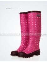 รองเท้าบูท LOSTLANDS รองเท้าบูทกันน้ำแฟชั่น สำหรับหน้าฝน พื้นชมพูจุดขาว ยาว 38.5 ซม. (ตัวแทน 950บาท)