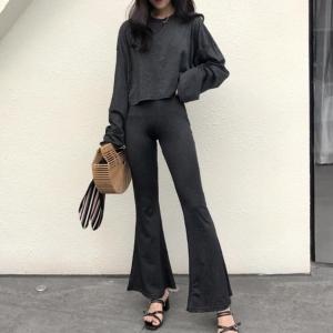New !! ชุดเซท เสื้อแขนยาวทรงทิ้งตัว เข้าเซทกับกางเกงขายาว