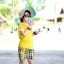เสื้อยืด คอกลม สีเหลือง แขนสั้น มีลายอามด้านหลัง น่ารัก สไตล์เกาหลีค่ะ thumbnail 3
