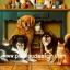 กระดาษสาพิมพ์ลาย สำหรับทำงาน เดคูพาจ Decoupage แนวภาพ น้องแมว 3 มากะพี่หมา 3 นั่งรวมตัวกันใต้โต๊ะเครื่องดื่ม thumbnail 1