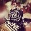 Camellia Chanel Blanket ผ้าห่มลายดอกคามิเลีย ซิกเนเจอร์แบรนด์ดังของ Chanel ผ้าเนื้อสำลี นิ่ม นุ่ม ลื่นสุดๆ เหมาะแก่การพกไปต่างจังหวัด ไปเที่ยว ซื้อเป็นของขวัญก็ได้นะคะ thumbnail 4