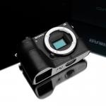 Gariz Leather Half-case for Sony A6500: Black