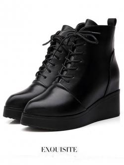 รองเท้าบู๊ท Round Head Boots with Wedges