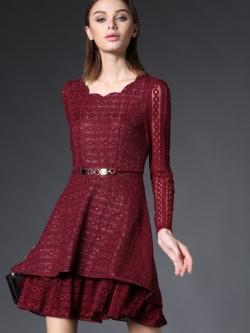 ชุดเดรส Red Wine Elegance Lace