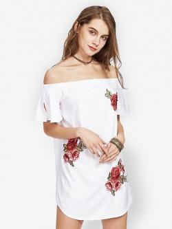 ชุดเดรส Strapless Embroidery Rose