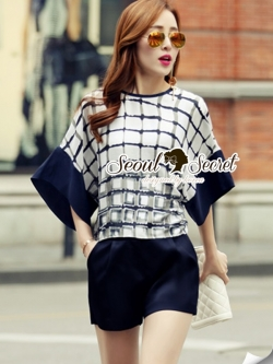 Seoul Secret Funnel Sleeve Chic Checked Set