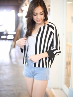 Chic Black n White Striped Jacket