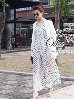 Odee Cutie Black&White Polka Dot Jumpsuit จั๊มสูทขายาว ลายจุด สีขาว