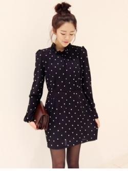Polka Dot Black Dress เดรสผ้าฝ้ายพิมพ์ลายจุด แต่งระบายที่คอ