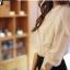 Cherry KOKO เสื้อผ้าไหมชีฟองสีขาว คอจีน แต่งระบายที่ไหล่ thumbnail 10
