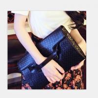Clutches - กระเป๋าถือ/หนีบ