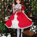 [PRE-ORDER] Miss Manner - Raspberry