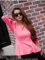 Pretty in Pink Top เสื้อแต่งระบายที่ชายเสื้อ สีชมพู