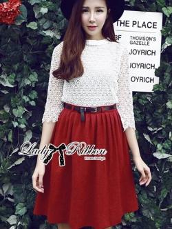 Lady Ribbon Set ชุดเซ็ทเสื้อผ้าลูกไม้สีขาวและกระโปรงสีแดงเบอร์กันดี
