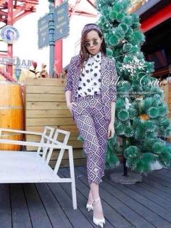 Violet Style Set ชุดเซ็ทเสื้อสูท กางเกงขายาวเจ็ดส่วน โทนสีม่วง