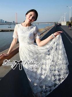 Lady Ribbon Dress เดรสผ้าลูกไม้สไตล์คลาสสิควินเทจ