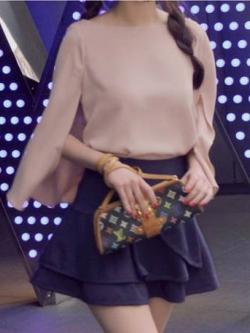 เสื้อแต่งระบายด้านหลัง ผ้าชีฟอง สีชมพูนู้ด