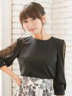เสื้อผ้าชีฟองสีดำ แขนตัดต่อผ้าลูกไม้