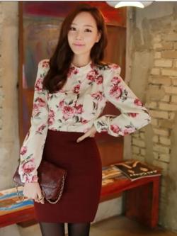เสื้อแขนยาว ผ้าชีฟอง สีเบจ พิมพ์ลายดอกไม้
