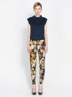 ZARA กางเกงขายาวเข้ารูป ผ้าพิมพ์ลายดอก ไซส์ S, M, L