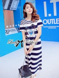 Lady Ribbon Maxi Dress เดรสลายขวางพิมพ์ลายสไตล์กะลาสีเรือ