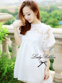 Lady Ribbon Chiffon Dress เดรสผ้าชีฟอง ปักลายลูกไม้ อัดพลีทด้านหลัง