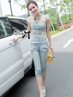 Lady Ribbon Embellished Button-Down Denim Jumpsuit