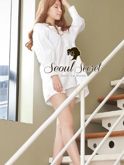 Seoul Secret เสื้อเชิ้ตตัวยาว ผ้าคอตตอนตัดต่อผ้าลูกไม้สีขาว