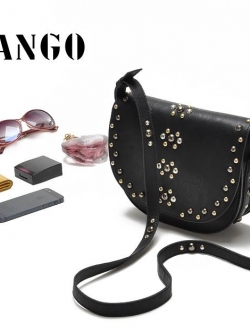 MANGO กระเป๋า สีดำคลาสสิค แต่งหมุด