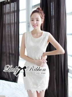 Lady Ribbon Lace Dress เดรสแขนกุดผ้าลูกไม้สุดหรู