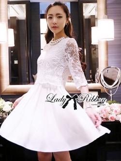 Lady Ribbon Classic White Lace Pleated Dress